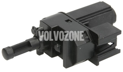 Clutch pedal travel/position sensor P1 4 cylinder engines, P3 S80 II/V70 II/XC70 III old type